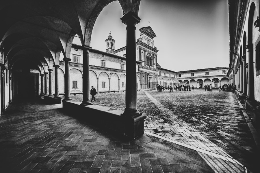 La Certosa of Florence during a wedding | Livio Lacurre Photography