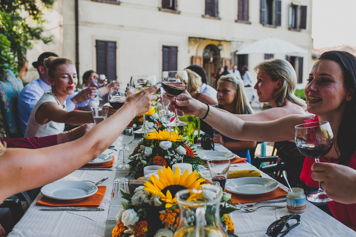russian wedding in tuscan countryside