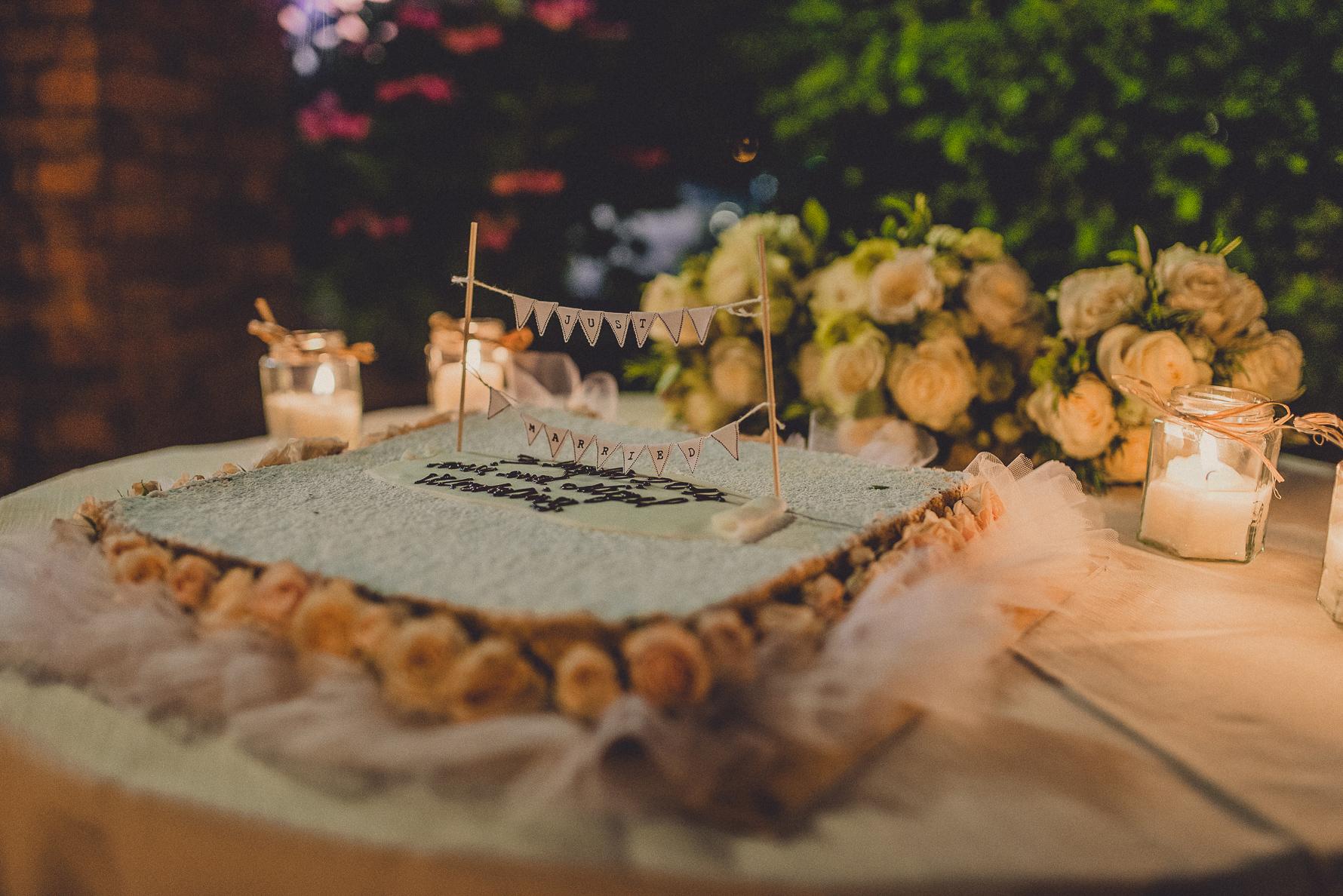 wedding  cake in Tuscany