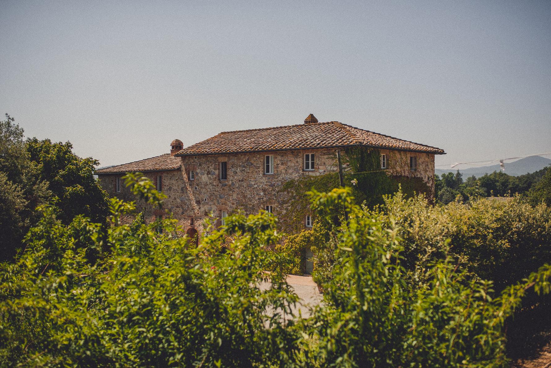 saint-galgano-abbey-villa-podernovo-wedding-photographer
