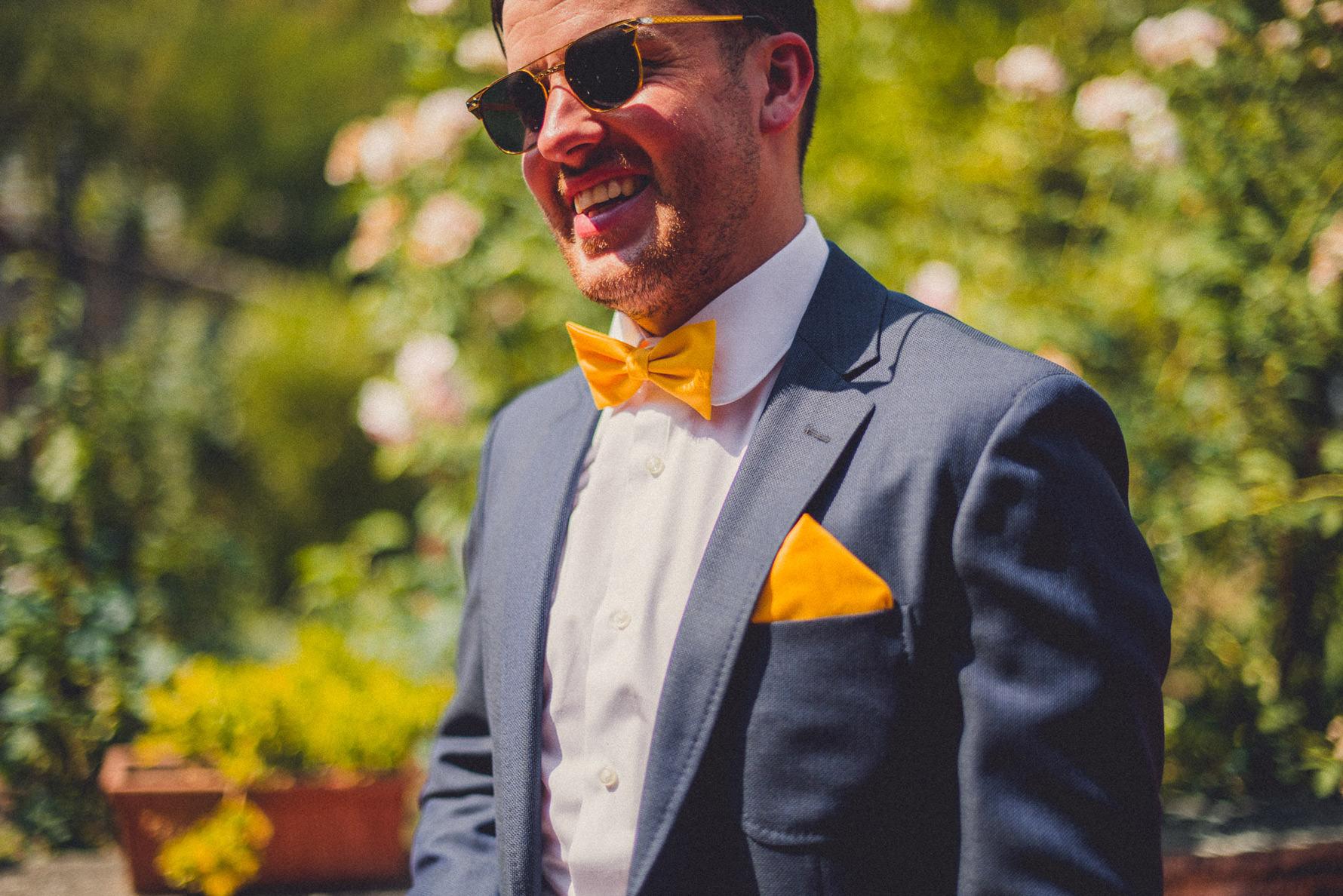 groom-portrait-during-wedding-day