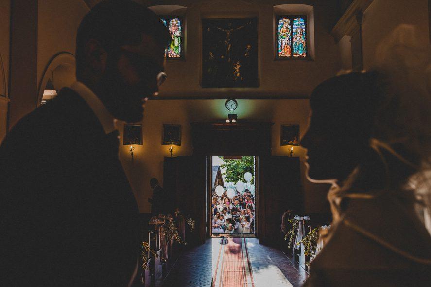 catholic-ceremony-arezzo-wedding-photographer