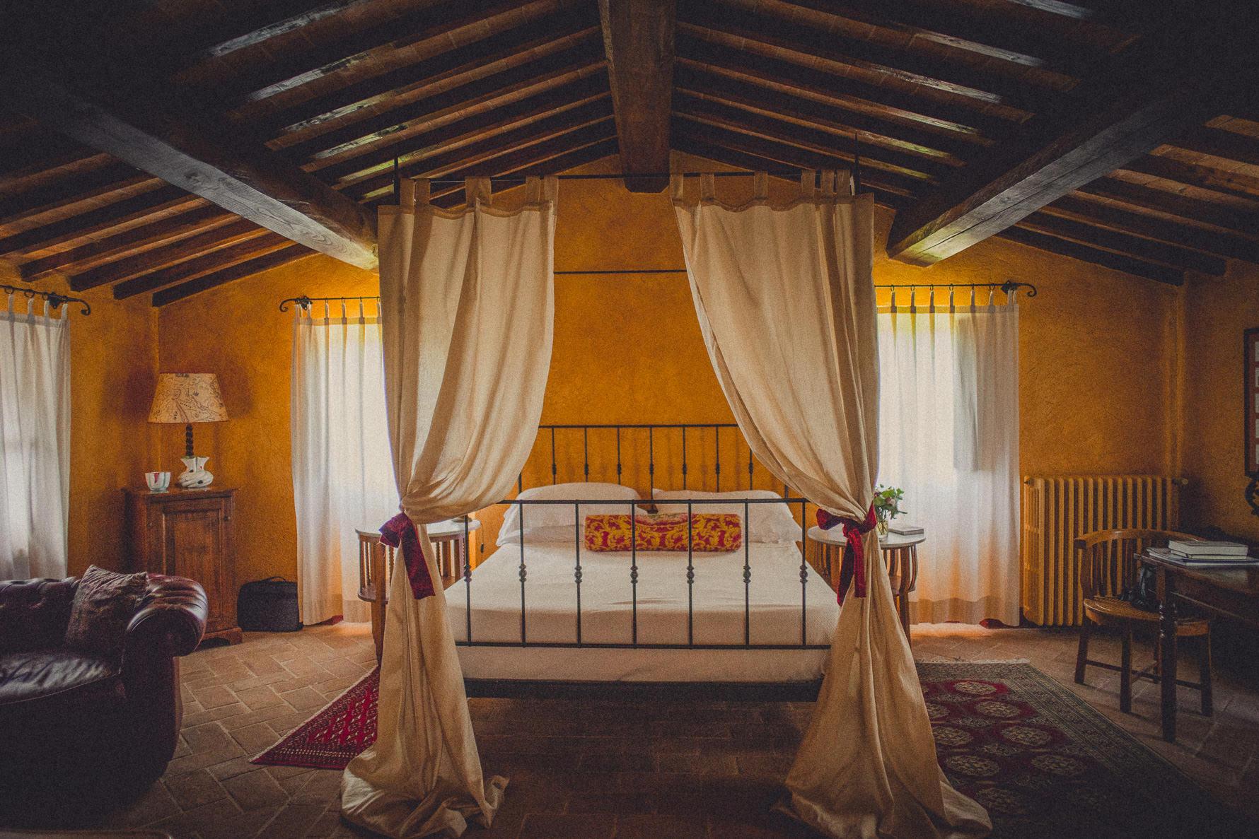 romantic-rural-wedding-in-italy