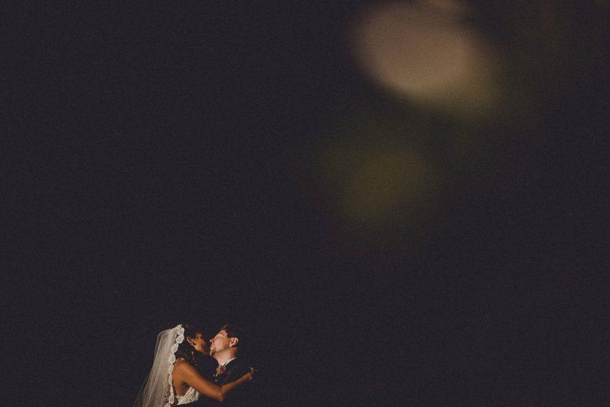 tuscany-intimate-deep-wedding-photos