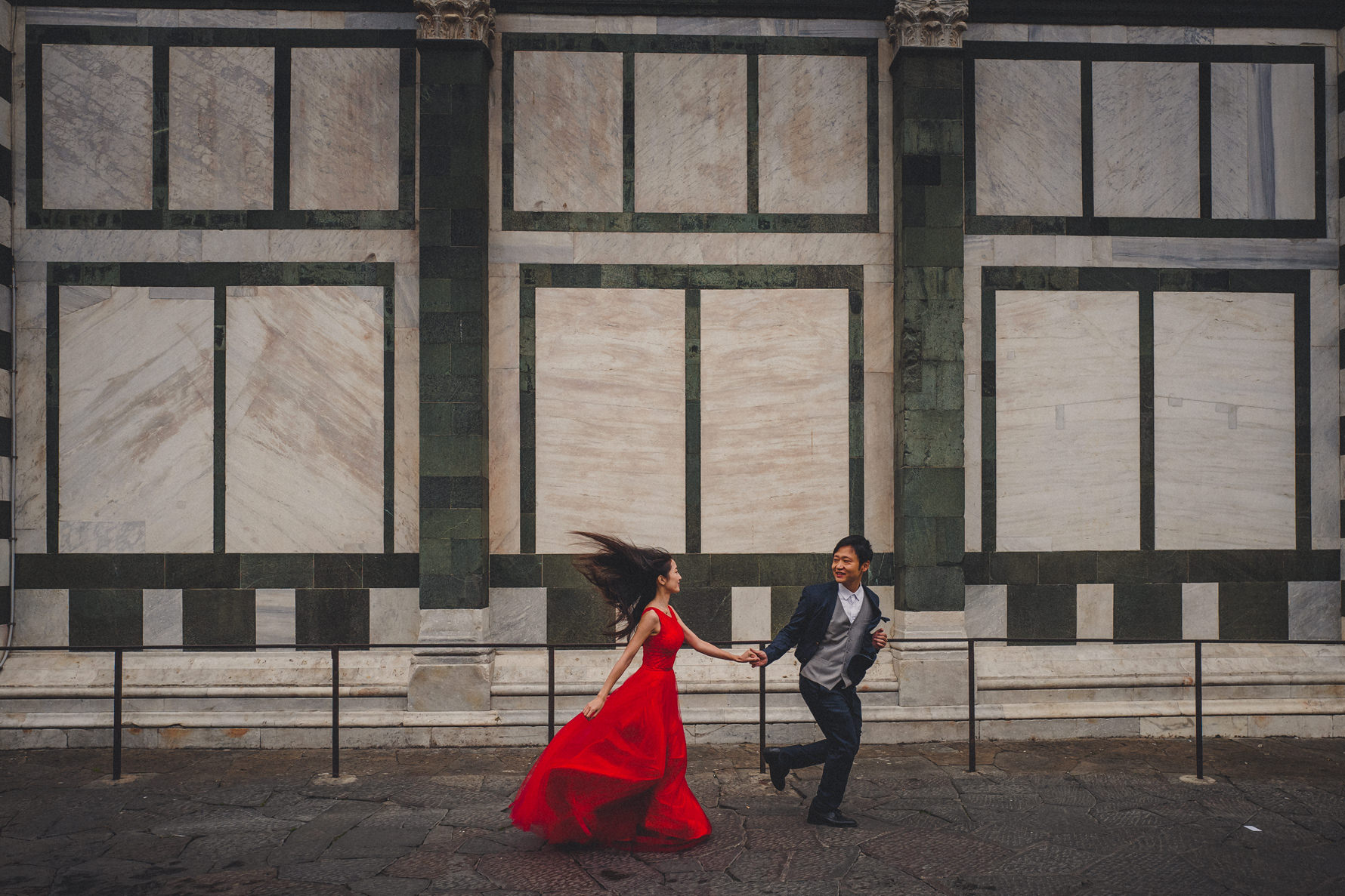 creative-chinese-honeymoon-shooting-in-florence-livio-lacurre-photographer