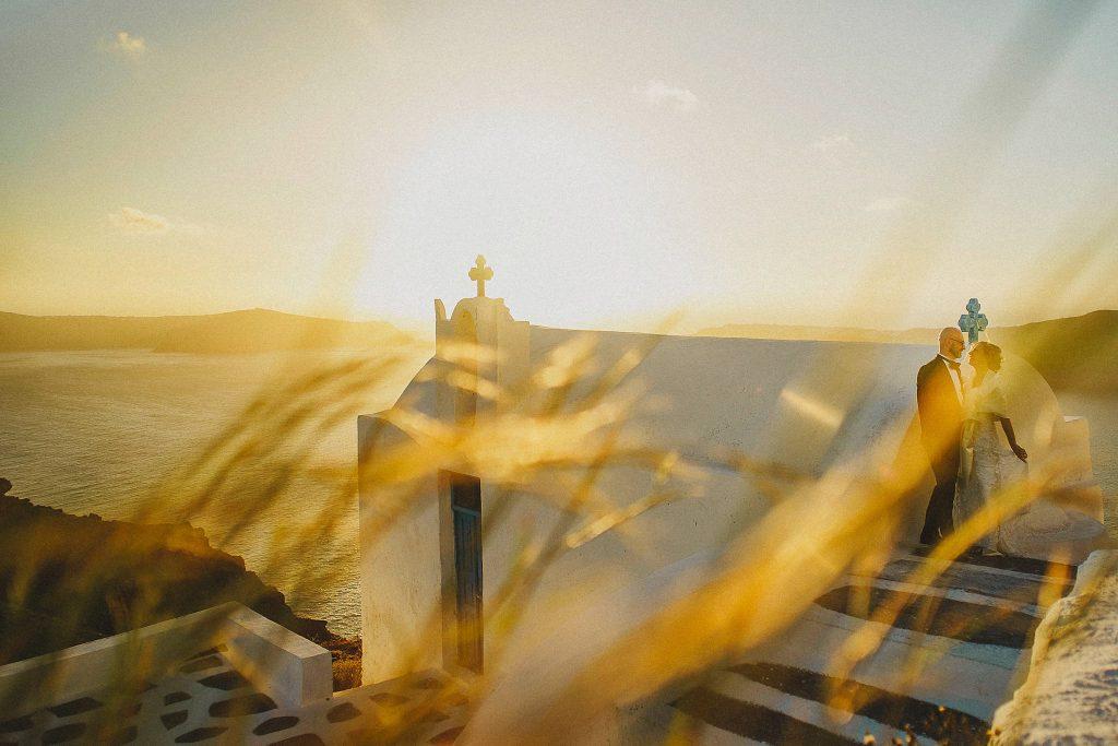 exlusive-luxury-santorini-wedding-caldera-view