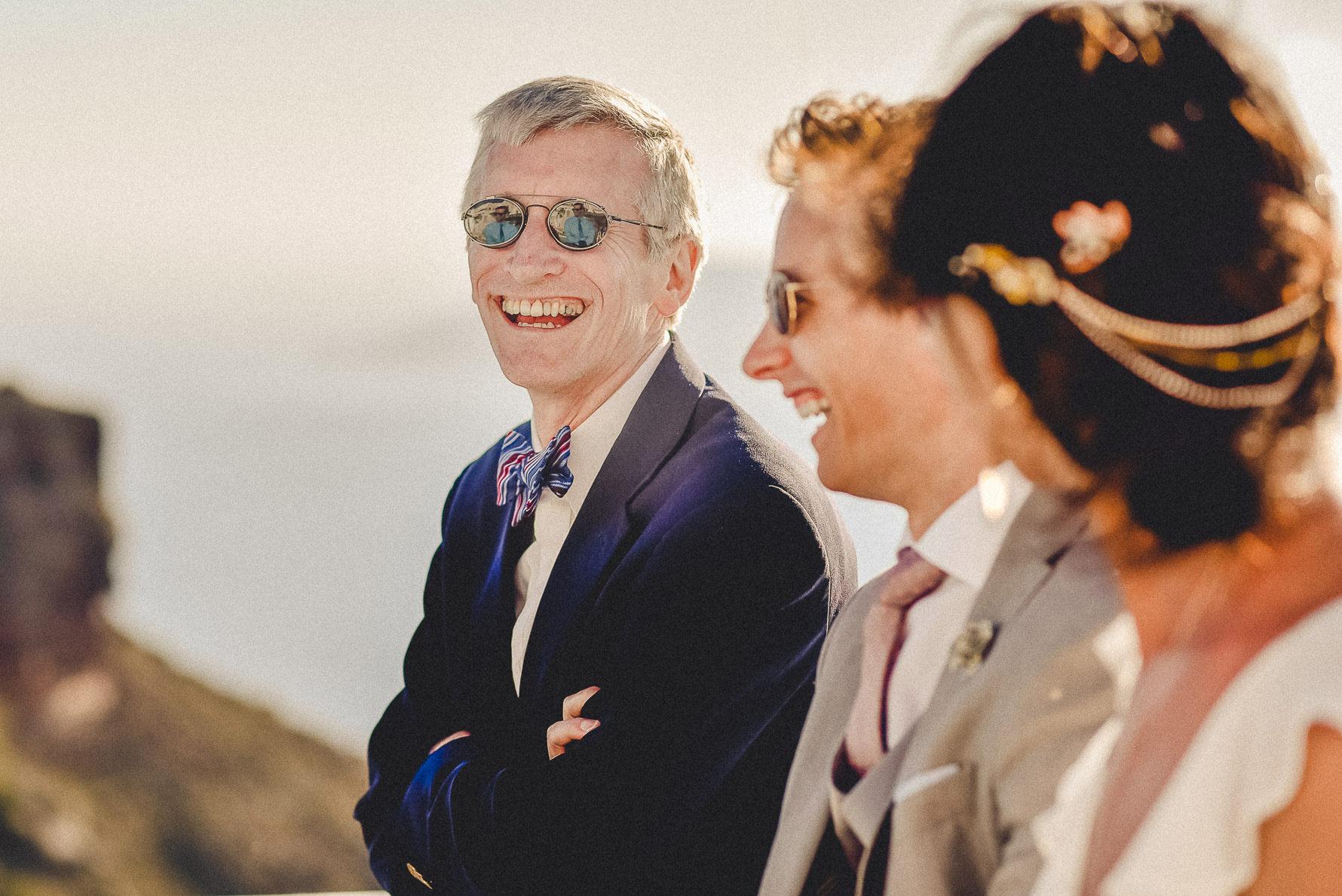 wedding-photographer-in-santorini