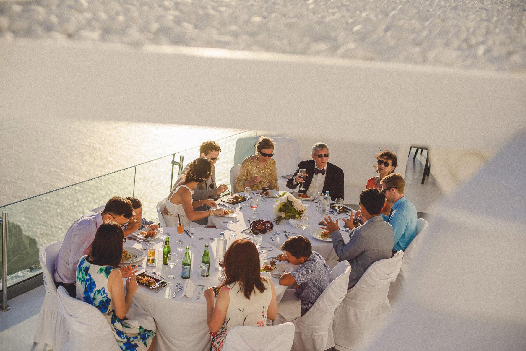 best-wedding-photographer-in-santorini