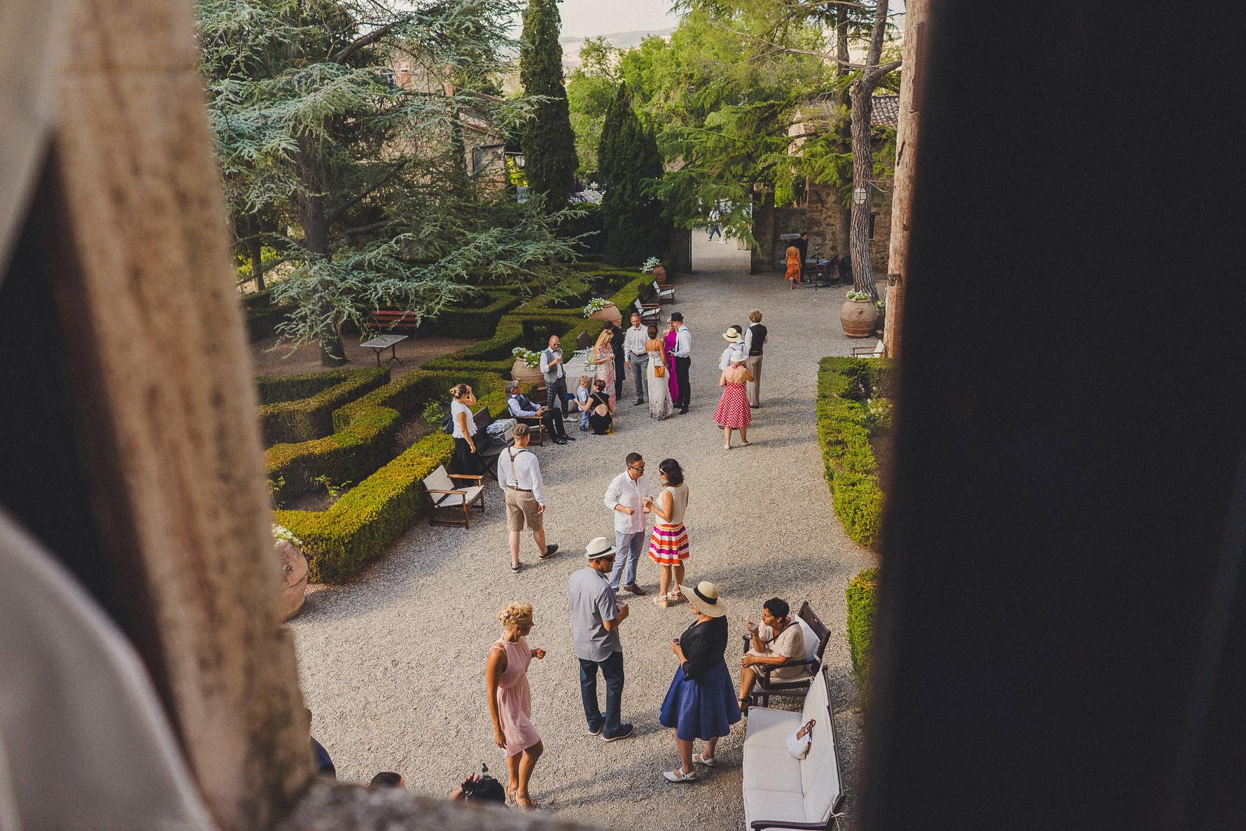 wedding-photographer-in-siena-countryside