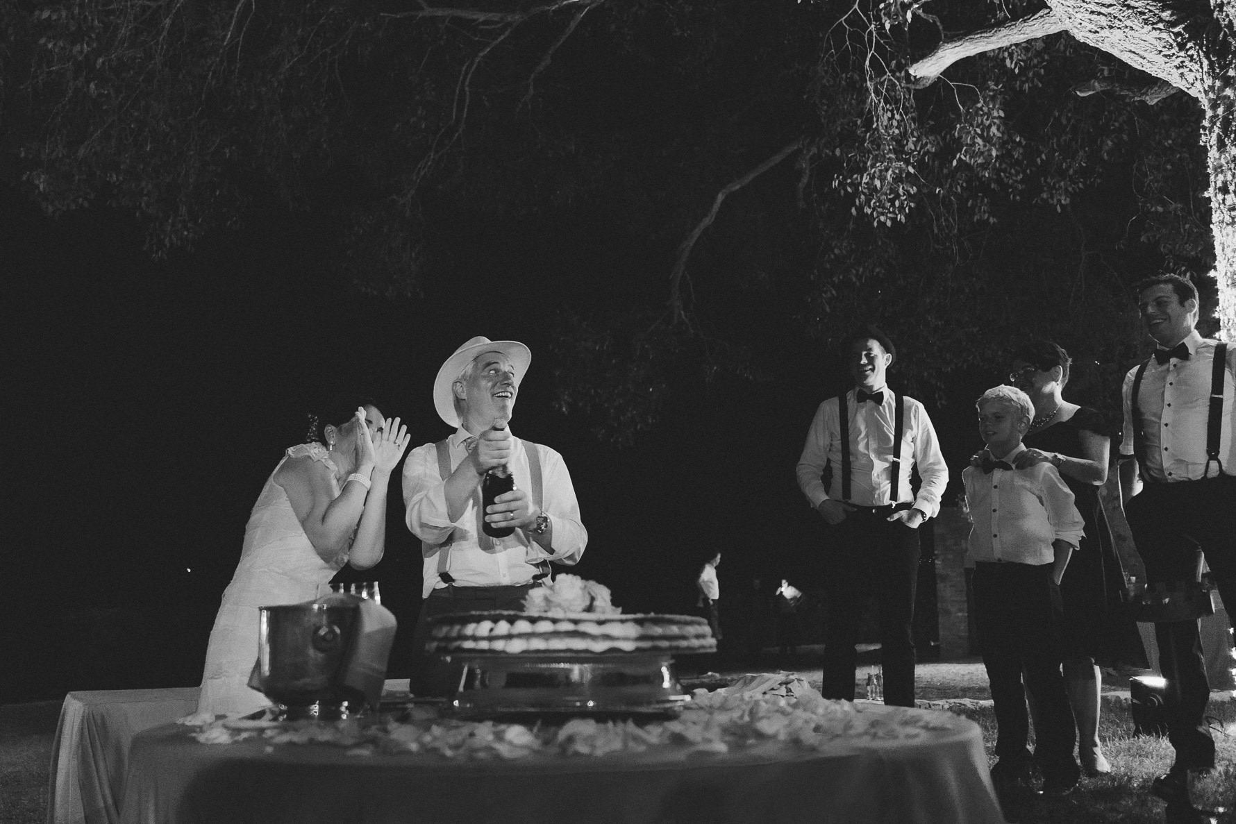 unconventional-wedding-photographer-in-tuscany