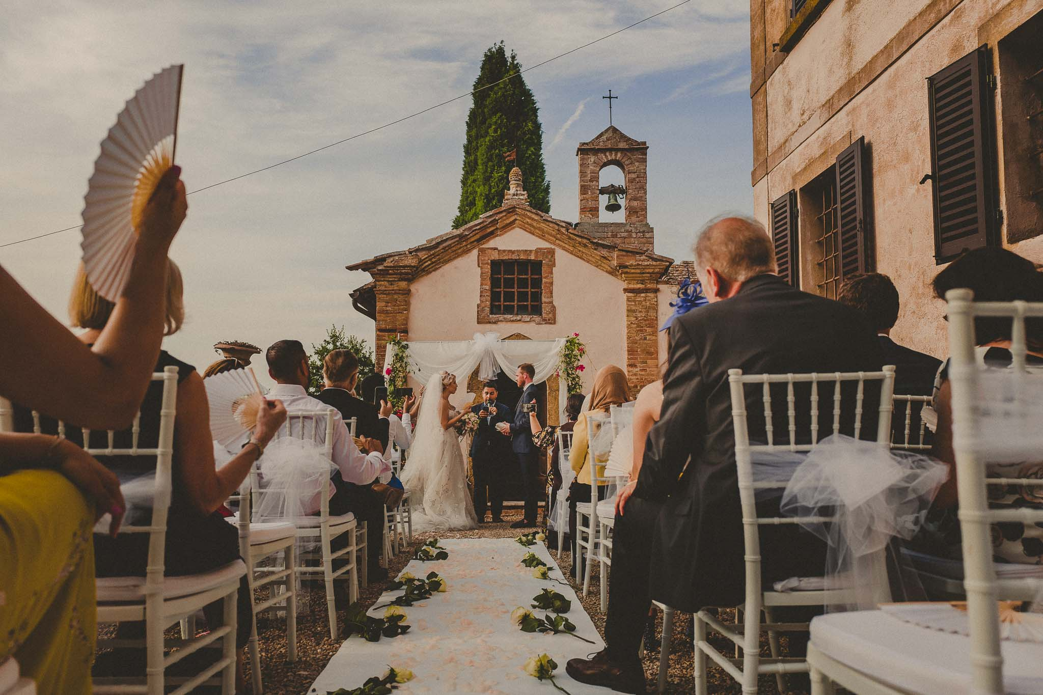villa Bossona a right place for your intimate wedding in Montepulciano