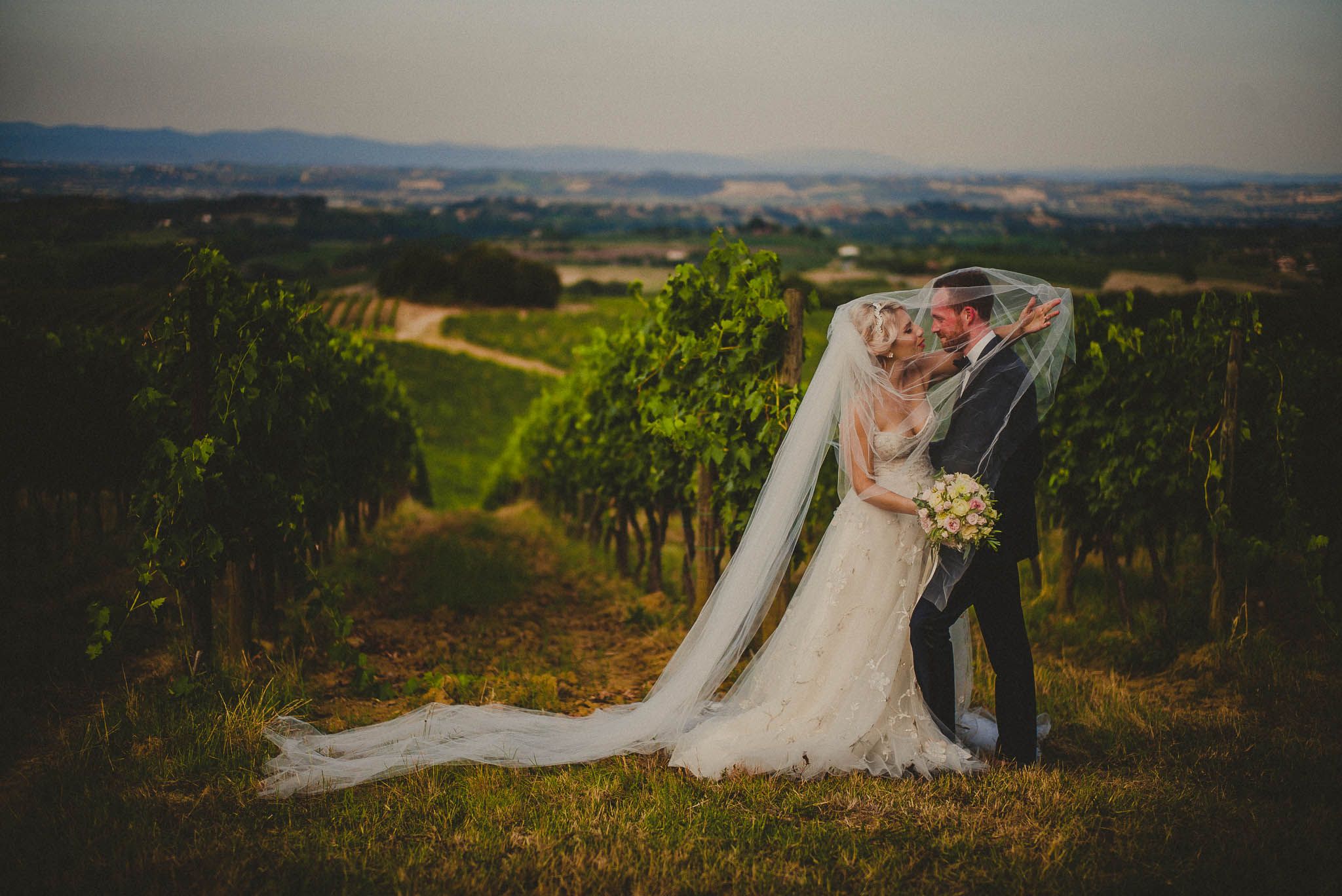 livio-lacurre-the-best-persian-wedding-photographer-in-tuscany